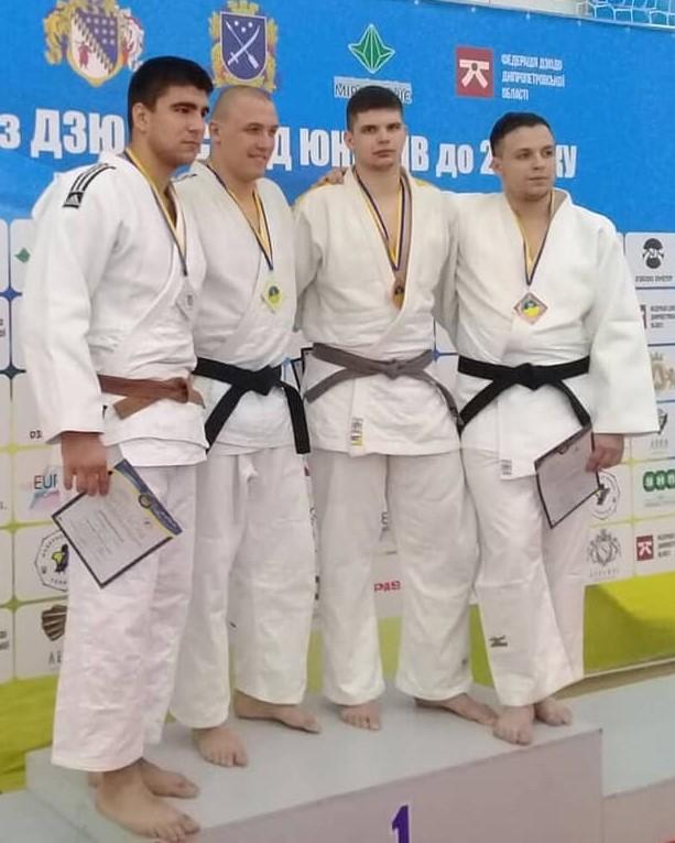 З Дніпра – з медаллю