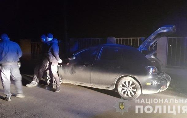 Затримано двох викрадачів авто