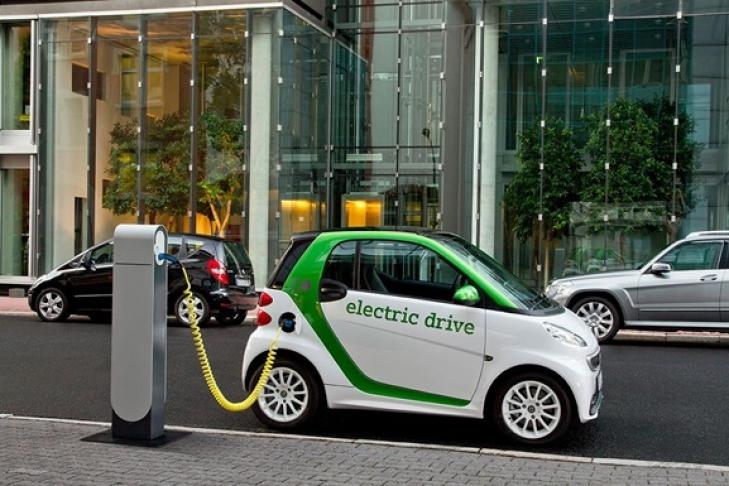 Електрокарів на дорогах України стає все більше