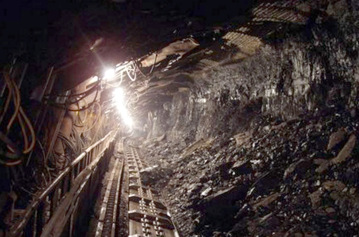 Розкрадені і затоплені: На Донбасі кількість знищених шахт збільшилася до 26 об'єктів